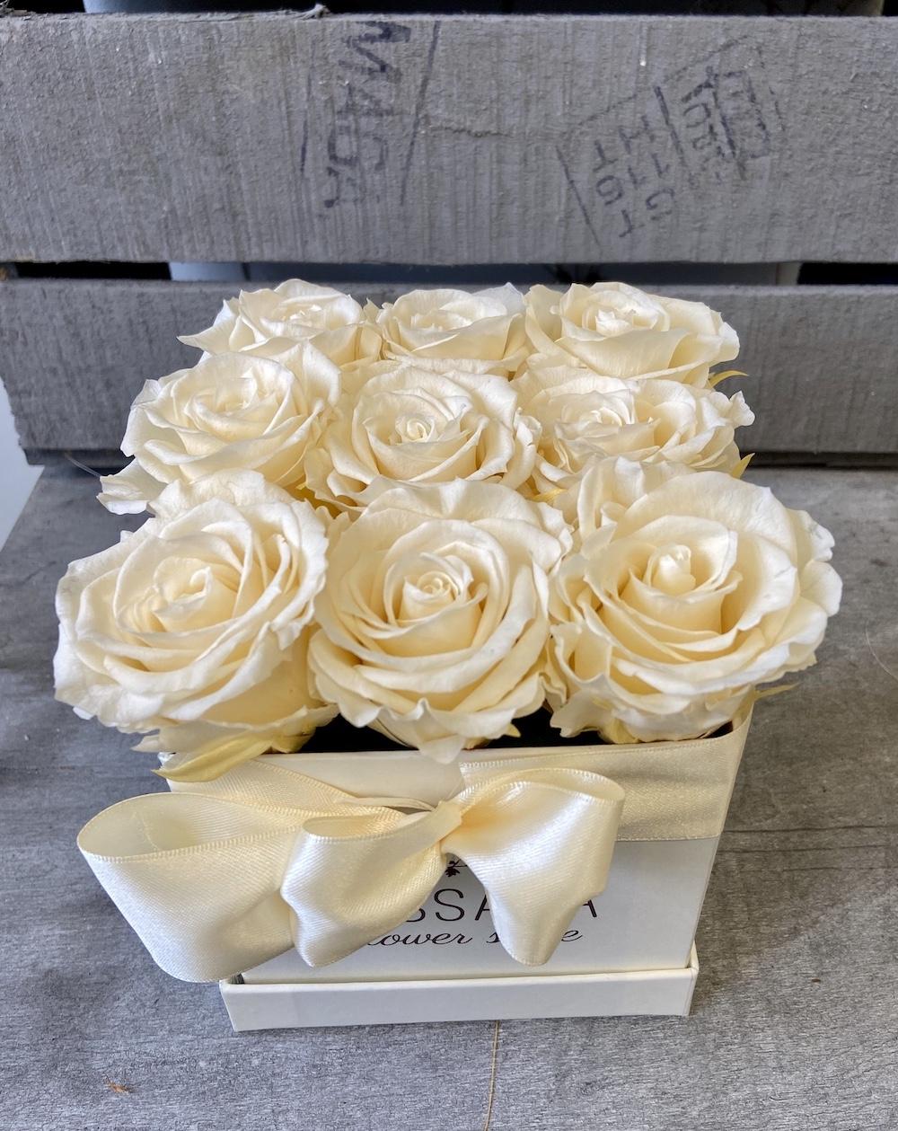 avorio flower box rose stabilizzate florashopping Rossana flower store NovellinoIMG_0763