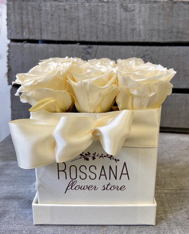 avorio flower box rose stabilizzate florashopping Rossana flower store NovellinoIMG_0764