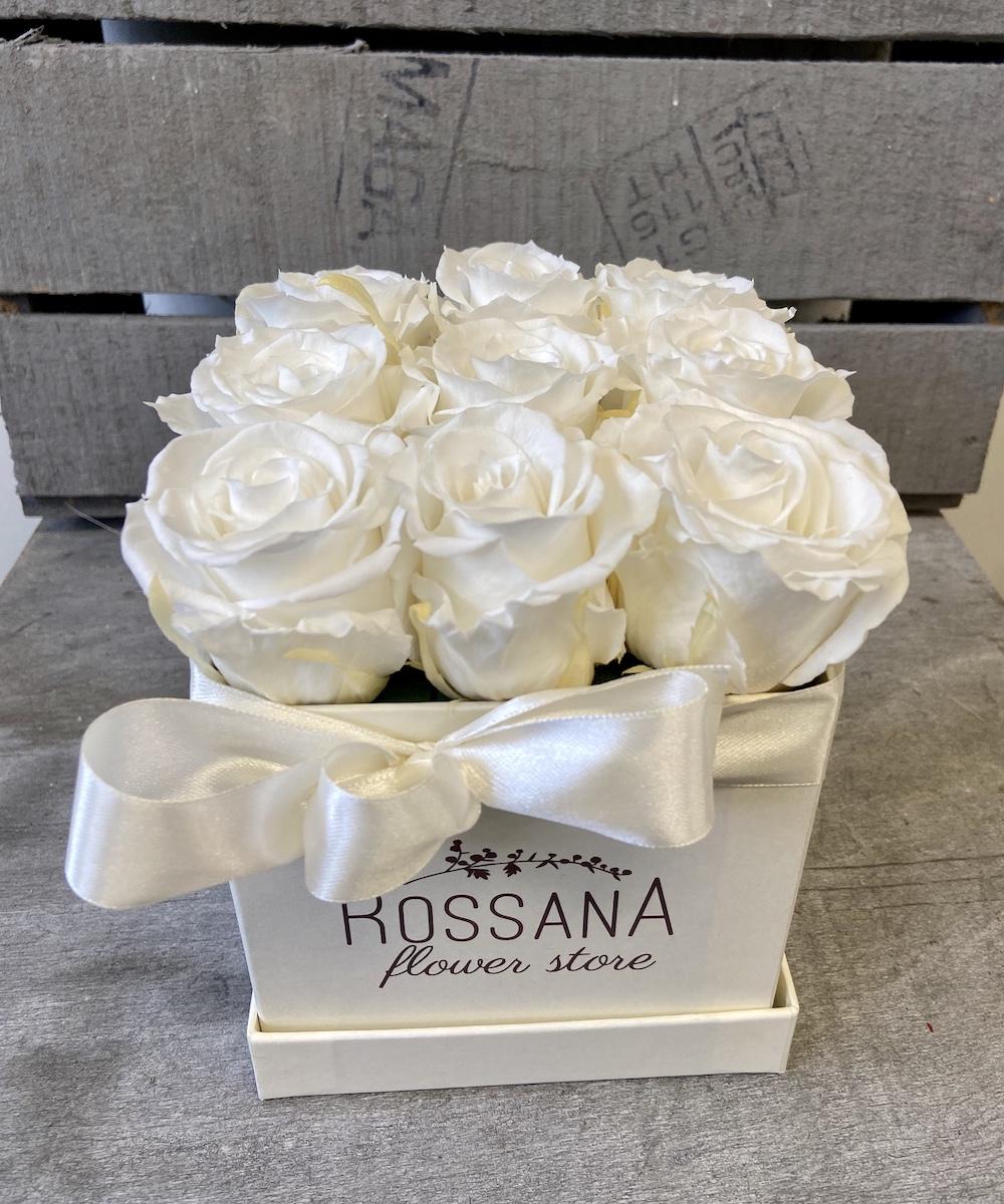 flower box rose stabilizzate bianche florashopping Rossana flower store NovellinoIMG_0788