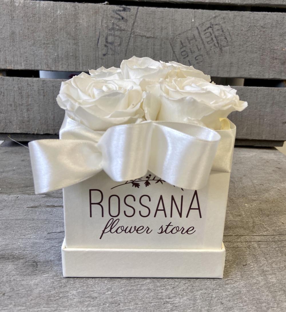 flower box rose stabilizzate bianche florashopping Rossana flower store NovellinoIMG_0792