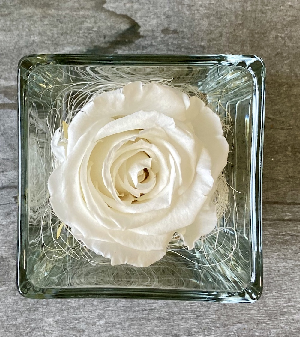 flower box rose stabilizzate bianche florashopping Rossana flower store NovellinoIMG_0799
