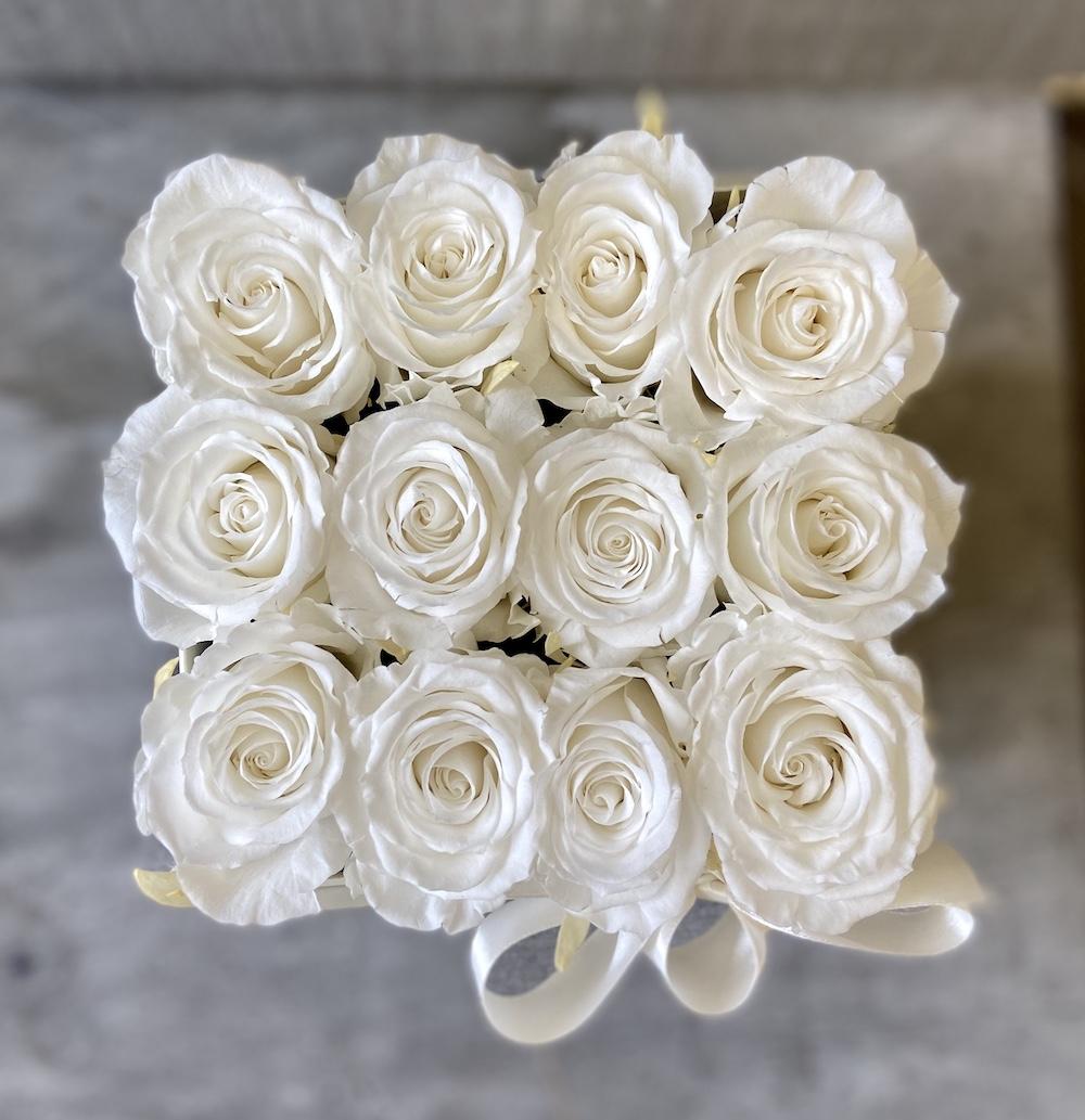 flower box rose stabilizzate bianche florashopping Rossana flower store NovellinoIMG_0814