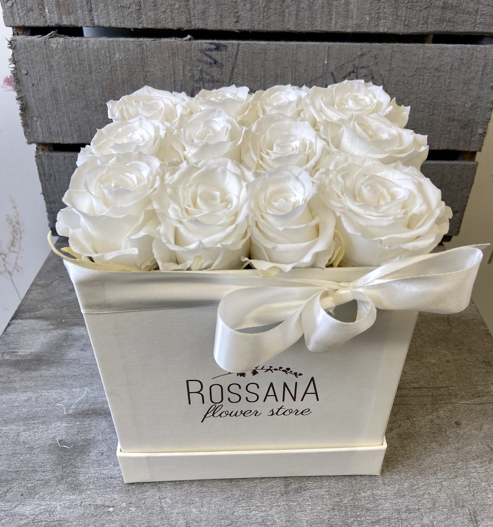 flower box rose stabilizzate bianche florashopping Rossana flower store NovellinoIMG_0816