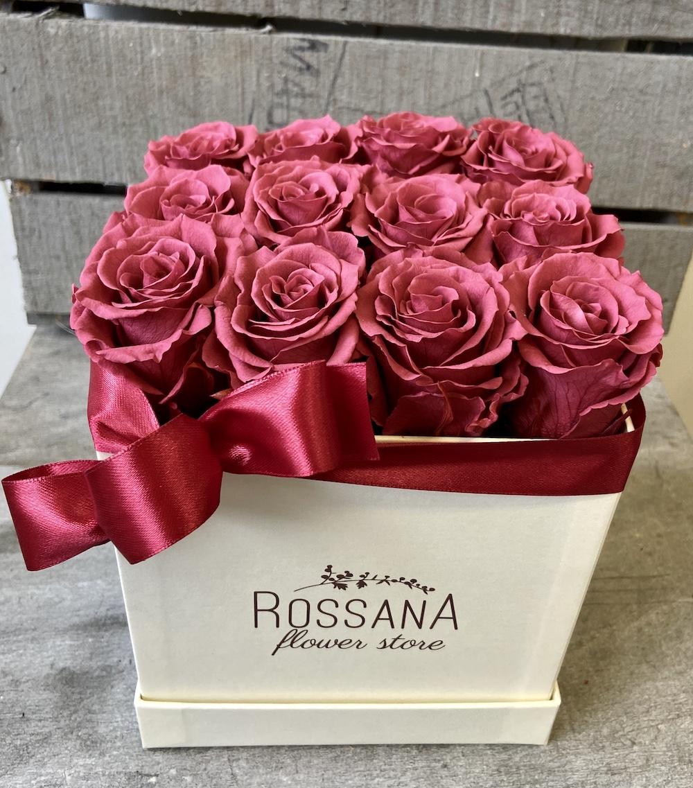 flower box rose stabilizzate cranberry florashopping Rossana flower store NovellinoIMG_0652