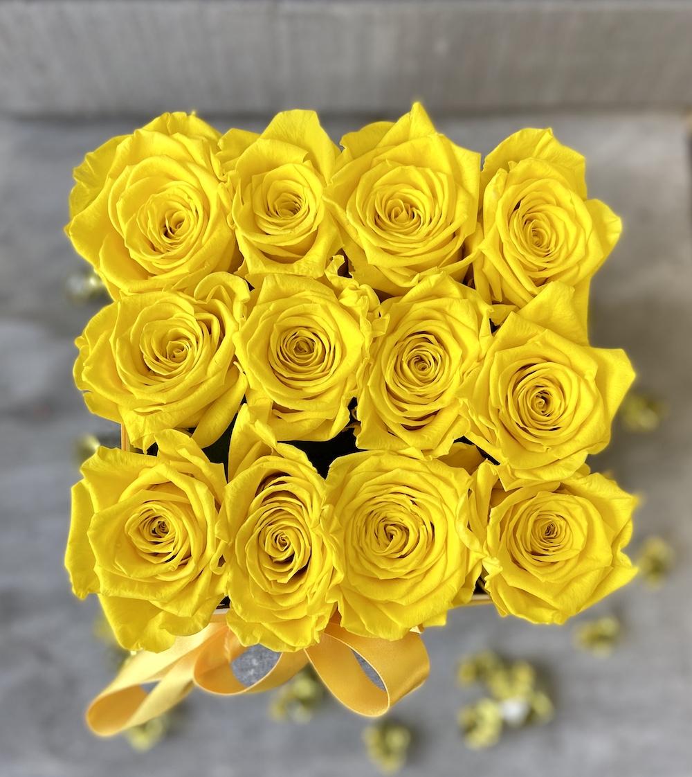 flower box rose stabilizzate gialle florashopping Rossana flower store NovellinoIMG_0509