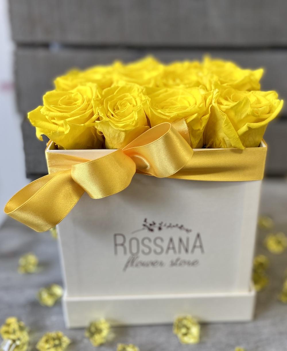 flower box rose stabilizzate gialle florashopping Rossana flower store NovellinoIMG_0511