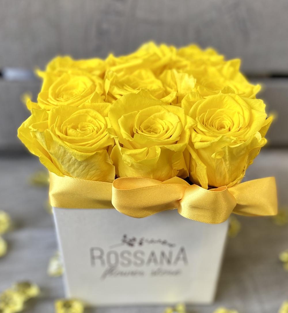 flower box rose stabilizzate gialle florashopping Rossana flower store NovellinoIMG_0533