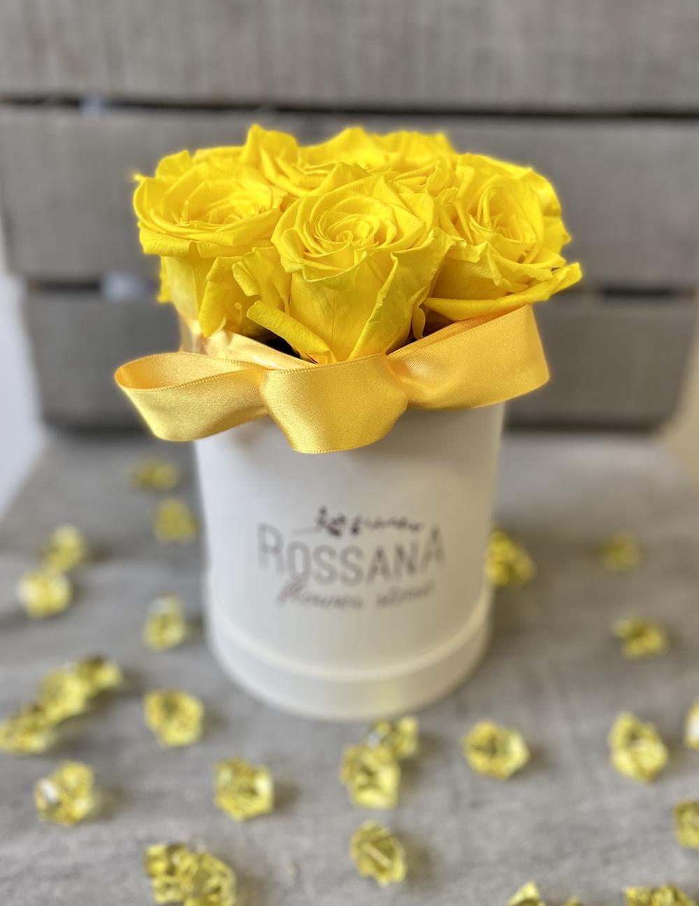 flower box rose stabilizzate gialle florashopping Rossana flower store NovellinoIMG_0548