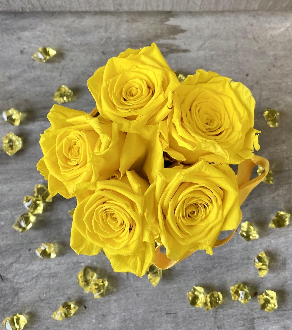 flower box rose stabilizzate gialle florashopping Rossana flower store NovellinoIMG_0562