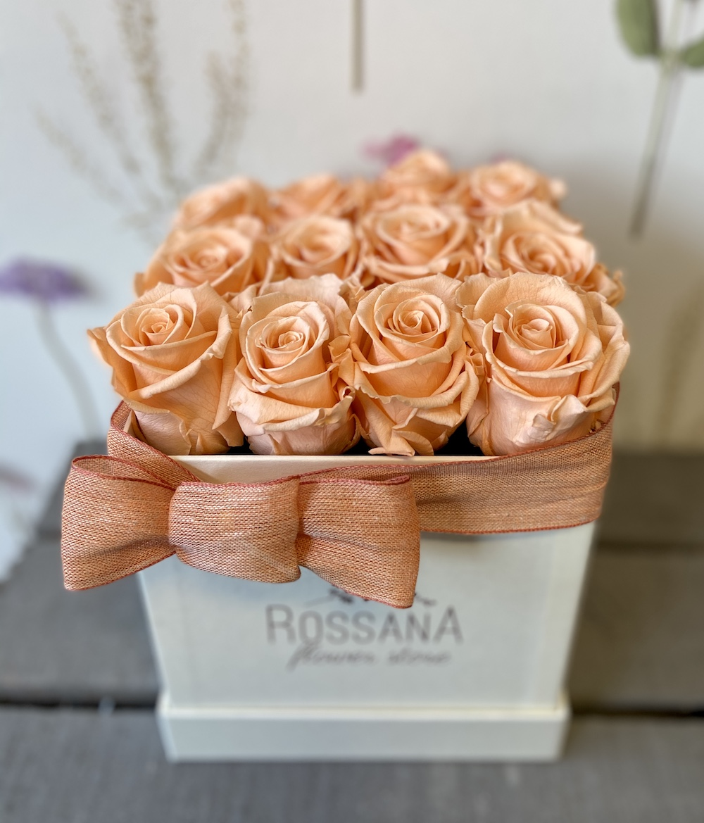 flower box rose stabilizzate pesca florashopping Rossana flower store NovellinoIMG_0293